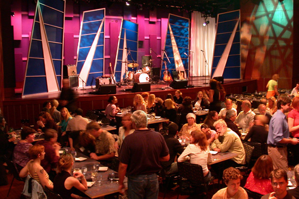 Dining and music at World Cafe Live